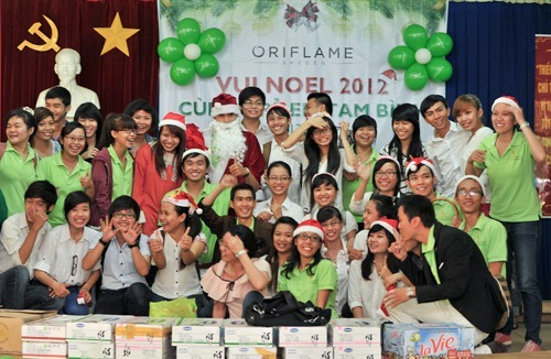 Oriflame Vui Noel Cung Tre Em Tam Binh 1